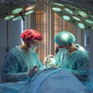 Duizenden euro's niet vergoed voor medische behandeling buitenland